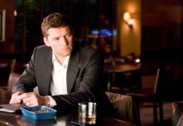 Last Night - Michael (Sam Worthington) denkt darüber...s tut