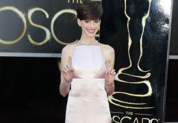 In Prada gehüllt posierte Anne Hathaway am Sonntag...hmen.