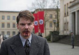Jeder stirbt für sich allein mit Daniel Brühl
