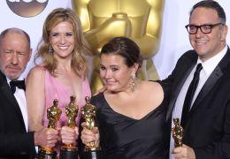 Die Spotlight-Produzenten mit ihren Oscars für den...Film