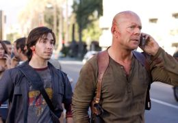 Stirb langsam 4.0 - Justin Long und Bruce Willis