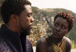 Black Panther mit Chadwick Boseman und Lupita Nyong'o