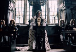 The Favourite - Olivia Colman