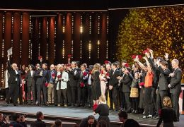 Festivaldirektor Dieter Kosslick mit Preisträgern und...2019