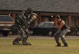 Real Steel - Fight Promoter Charlie (Hugh Jackman)...Atom