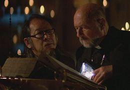 Die Fürsten der Dunkelheit - Victor Wong und Donald...asence