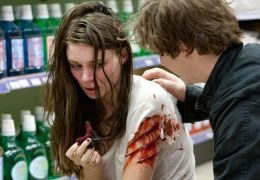 A Nightmare on Elm Street - ROONEY MARA und KYLE GALLNER