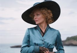 Die elegante Léa de Lonval (Michelle Pfeiffer) sucht...iten'