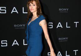 Photocall zum Film SALT im Hotel Adlon mit Angelina Jolie