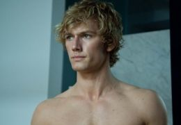 Beastly - Alex Pettyfer as Kyle!