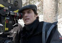 Regisseur JOE WRIGHT am Set von WER IST HANNA? in Finnland.