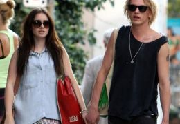 Lily Collins mit Jamie Campbell Bower
