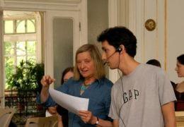Regisseurin Helma Sanders-Brahms mit ihrem Team