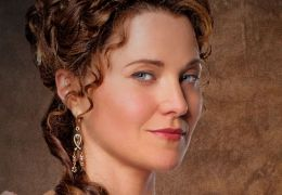 Spartacus: Gods of the Arena - Lucy Lawless