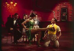 Cyd Charisse und Gene Kelly in 'Singin' in the...Donen