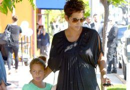 Halle Berry mit ihrer Tochter Nahla