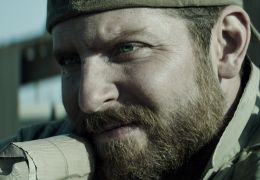 Bradley Cooper als Der Scharfschütze