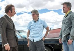 Better Call Saul-Set: Bob Odenkirk mit Vince Gilligan...Gould