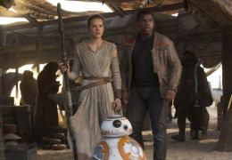 Star Wars: The Force Awakens mit Daisy Ridley und...oyega