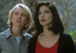 Naomi Watts und Laura Harring in Mulholland Drive