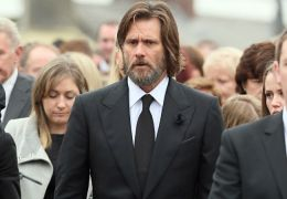 Jim Carrey bei der Beerdigung von Cathriona White