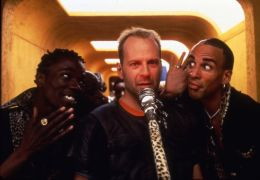 The Fifth Element mit  Bruce Willis, Carlton Chance...ilson