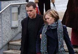 Die Bourne Verschwörung mit Matt Damon und Julia Stiles