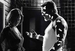 Sin City mit Carla Gugino und Mickey Rourke