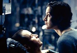 Matrix - Carrie-Anne Moss und Keanu Reeves