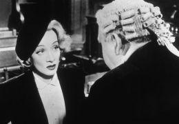 Marlene Dietrich und Charles Laughton in Zeugin der Anklage