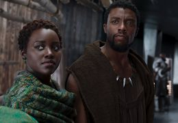 Black Panther mit Lupita N'yongo, Chadwick Boseman...right