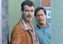 Mord und Margaritas - Pierce Brosnan und Greg Kinnear