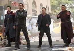 Avengers: Infinity War - Benedict Cumberbatch, Robert...Wong