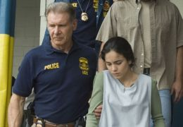 Crossing Over - Harrison Ford und Alice Braga