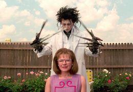 Edward mit den Scherenhänden - Dianne Wiest und Johnny Depp