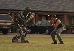 Real Steel - Fight Promoter Charlie (Hugh Jackman)...Atom