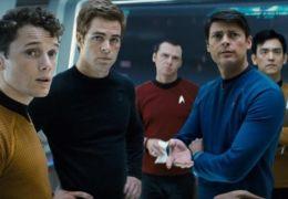 Star Trek - Anton Yelchin, Chris Pine, Simon Pegg,...ldana