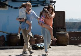 No Escape - Sterling Jerins, Owen Wilson, Claire...e Bell