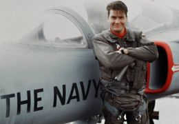 Hot Shots - Charlie Sheen