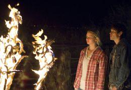 Auf brennender Erde - Jennifer Lawrence und JD Pardo