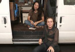 Nomadland - Regisseurin Chloe Zhoe und Frances McDormand