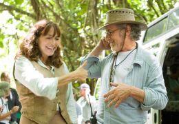 Karen Allen und S. Spielberg am Set von 'Indiana Jones 4'