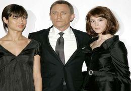 Craig mit Olga Kurylenko (li.) und Gemma Arterton (re.)
