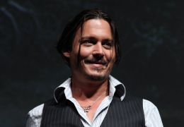 Johnny Depp, First-Ever 3D Panel featuring Disney's...LY 23