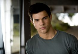 Taylor Lautner in 'Twilight: New Moon - Biss zur...unde'