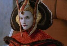 Natalie Portman als Queen Padmé Amidala in Star Wars...enace